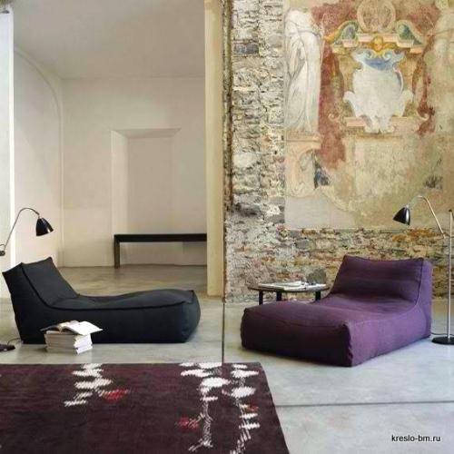 Бескаркасный диван-лежак 1