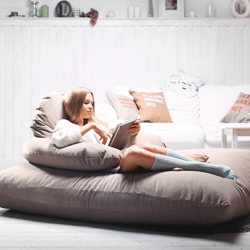 Подушка-диван и подушка для просмотра ТВ 1